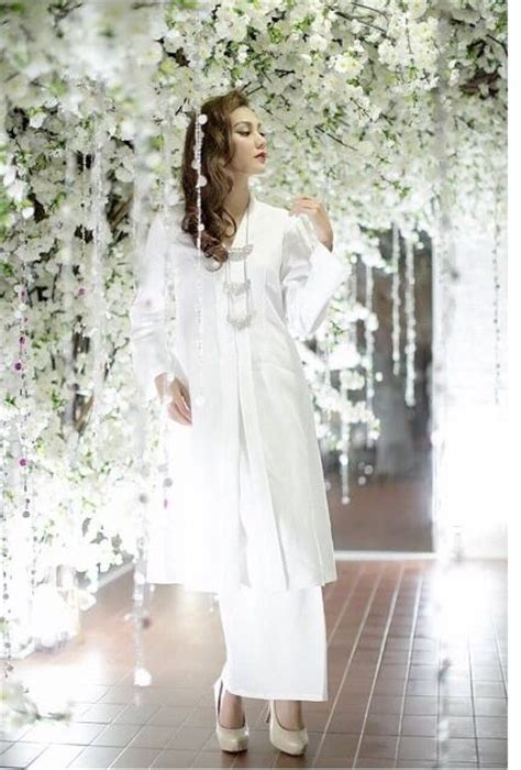 fesyen baju kebaya labuh 1000 images about design baju on pinterest gorgeous