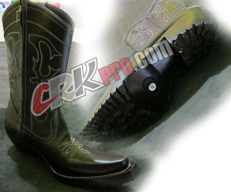 Sepatu Boot Petani sepatu boots pria handmade koboy cibaduyut bandung harga murah