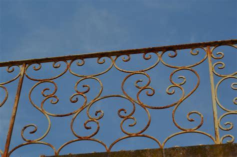 balkon fliesen neu streichen balkongel 228 nder streichen 187 anleitung in 3 schritten