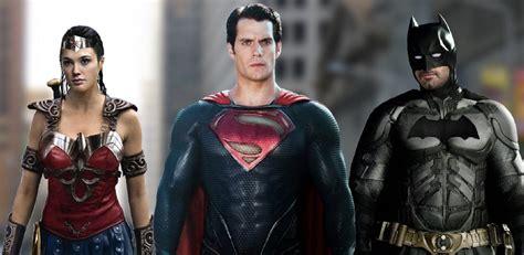 Batman Vs Superman Superman look at superman in batman vs superman of