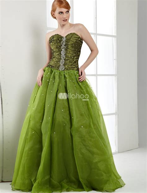 tips for shopping wedding green gowns weddbook