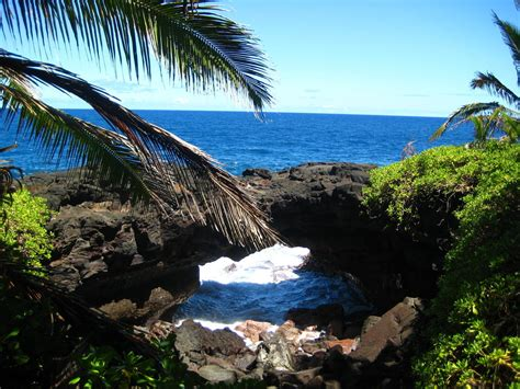 black sand beaches hawaii 301 moved permanently