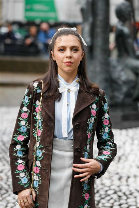 bel powley arrives  miu miu fashion show   paris fashion week  paris celeb donut