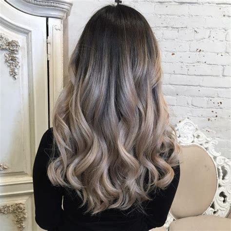 pics of blonde roots with brown on bottom ash blonde balayage ombr 233 hair pinterest ash blonde
