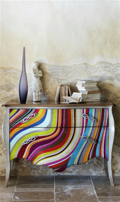 Superbe Couleurs Salle De Bain #5: Commode-originale-pleine-de-couleurs-201201252332120l.jpg