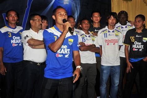Kaos Persib Bandung Jawabarat atep gubernur jabar harus peduli sepak bola republika
