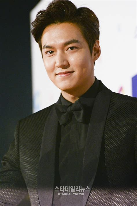 lee min ho biography wiki lee min ho net worth height weight age bio