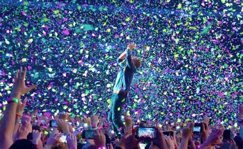 coldplay concert 7 live coldplay performances to get you ready for the 2016