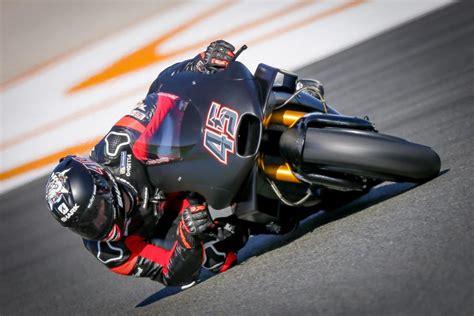 test motogp valencia moto gp valencia tests 2018