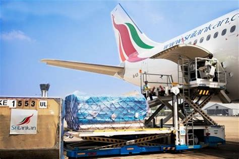 sri lanka national carrier srilankan airlines assists in disaster relief efforts