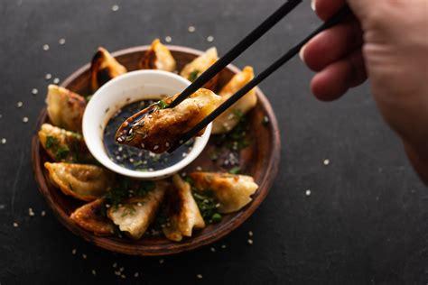 japanese gyoza dumplings   simple steps oyakata