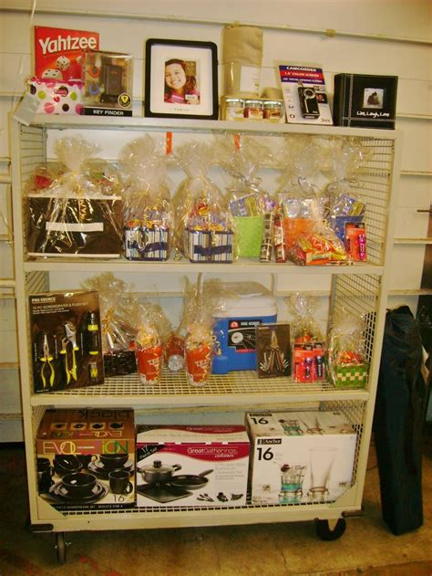 raffle ideas for christmas party employee raffle prizes gift baskets employee appreciation ideas gifts