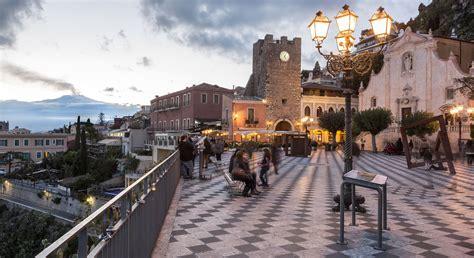 a catania turismo catania tra le citt 224 pi 249 economiche d europa