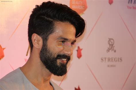 Shahid Kapoor New Hairstyle by Shahid Kapoor New Haircut Photos Haircuts Models Ideas