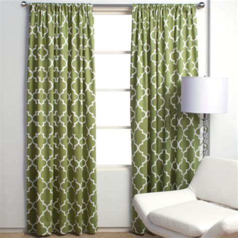 curtains for green walls accent wall alert don t make this mistake the