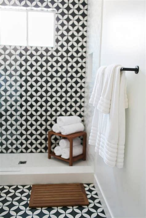ceramic tile floor trend domino your guide to a stylish home best 25 feature tiles ideas only on pinterest hexagon