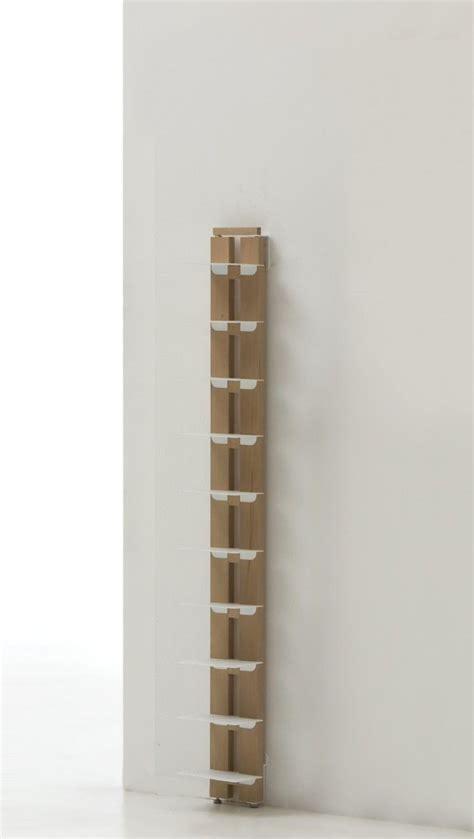 librerie legno naturale zia ortensia libreria da muro verticale in legno naturale
