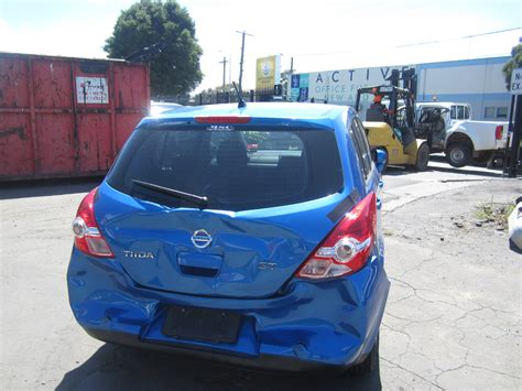 nissan tiida trunk space nissan tiida c11 st hatch 2012 wrecking