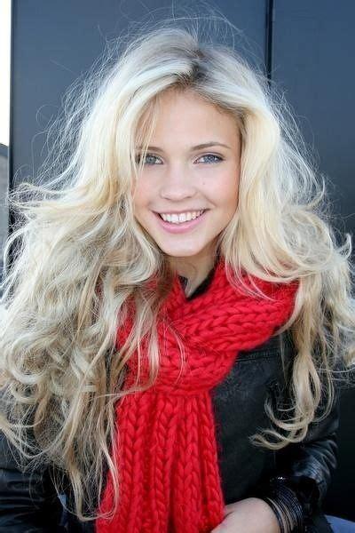 platinum blond for mature women beautiful messy curls and platinum blonde on pinterest