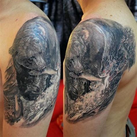 shoulder realistic bear tattoo by elvin tattoo