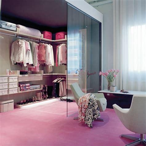 10 stylish and chic walk in closet interior design ideas