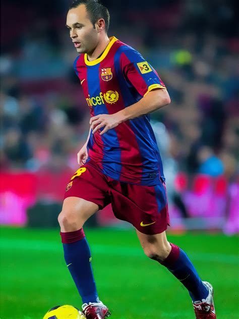 andres iniesta  fc barcelona club captain  hd