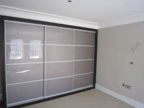 sliding wardrobes sliding wardrobe doors built in wardrobes