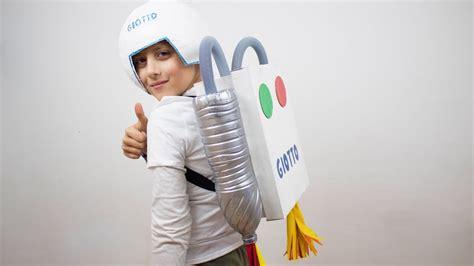 astronauta de material reciclado disfraz de astronauta casero manualidades carnaval ni 241 os