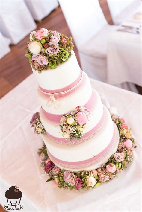 Hochzeitstorte Vintage by Vintage Wedding Cake Im Blumenmeer Mann Backt