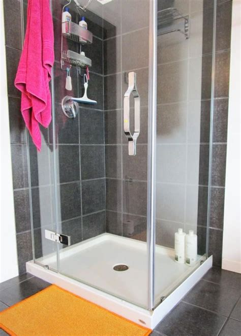 cleaning bathroom glass shower doors 25 unique cleaning glass shower doors ideas on