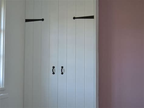 Fitted Wardrobes Surrey by Fitted Wardrobes Surrey Specialist Carpentry Service