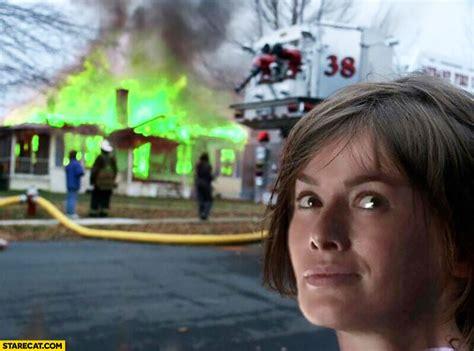 Cersei Lannister Meme - burning house cersei lannister meme game of thrones