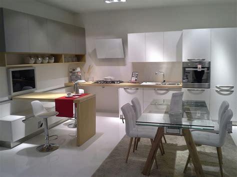 bancone per cucina cucina moderna con bancone scorrevole cucine a prezzi