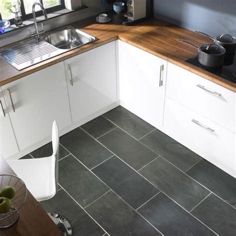 kitchen floor tile ideas tile surfaces updating a cozy cuisine grise profitez espace moderne 23 id 233 es sympas