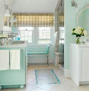 Chic Small Bathrooms