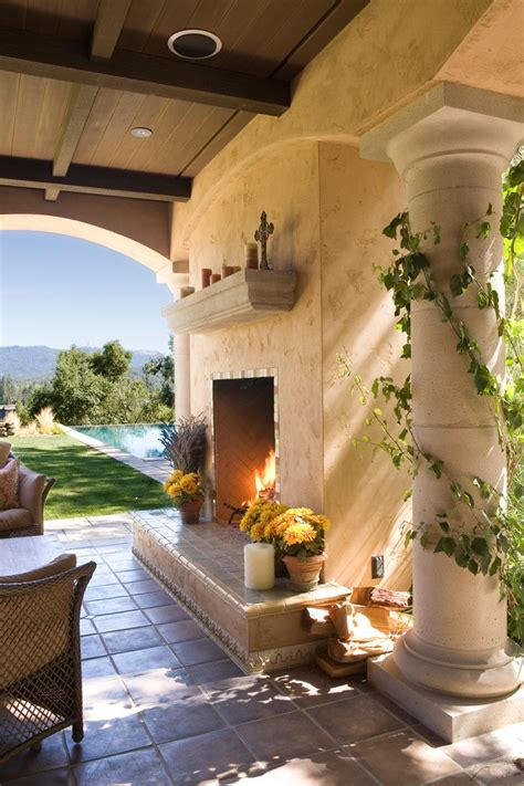 terrific outdoor fireplace plans   curved patio
