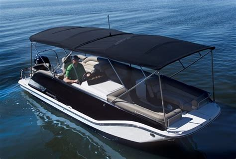 bimini top on bay boat 2015 bayliner element xr7 deck boat boat review
