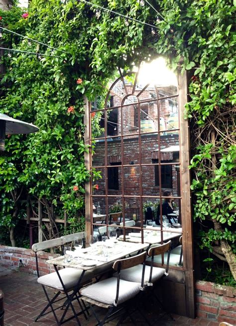 patio restaurant 25 best ideas about restaurant patio on small