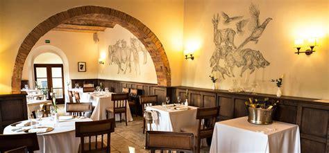 chianti lavora con noi castel monastero resort spa toscana hotel lusso