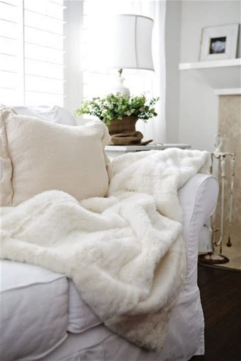 fluffy and cozy winter inspired interiors 20 photos sweater fluffy white soft cozy warm winter outfits