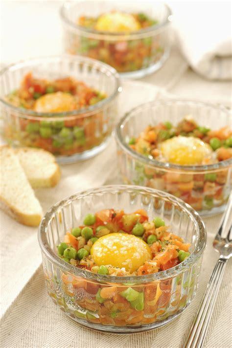 come cucinare uova come cucinare le uova al forno al microonde sale pepe