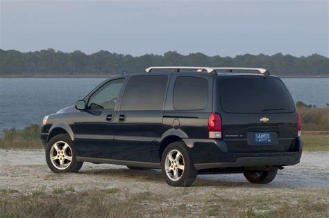 chevrolet uplander 2007 chevrolet uplander pictures history value research