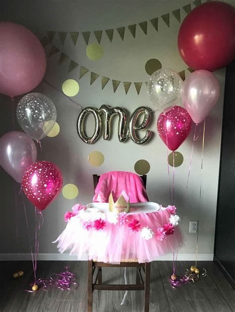 Evergreen stylish party decoration idea for one year old