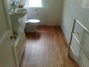 Bathroom Flooring Options Ideas by Ideas For Bathroom Floors For Small Bathrooms 2017