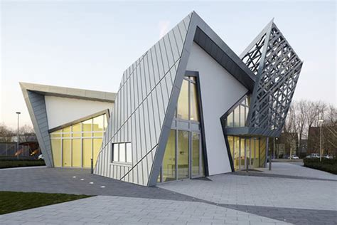 contemporary architecture design daniel libeskind rolls out ultimate prefab architecture