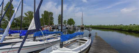 zeilboot friesland open zeilboot huren voor een dag varen in friesland