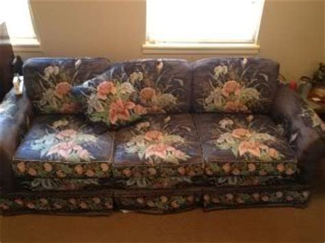 ugly sofa coupon code 17 best images about really bad sofas on pinterest