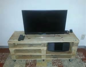 meuble tv tendance r 233 alis 233 avec des palettes de bois