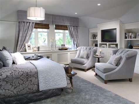 comfortable chairs  bedroom sitting area homesfeed