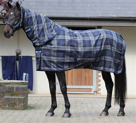 Tartan Comby bucas celtic stable medium 150g talliloimi smart riders
